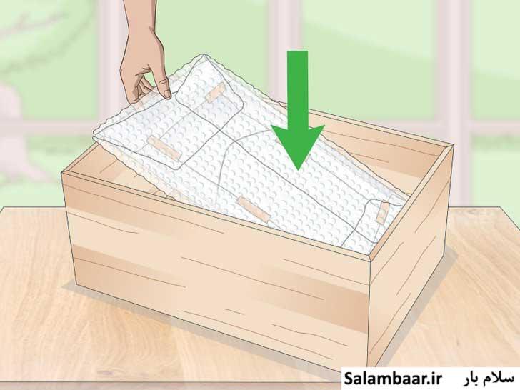 جعبه پوشیده شده از کاغذ حبابدار